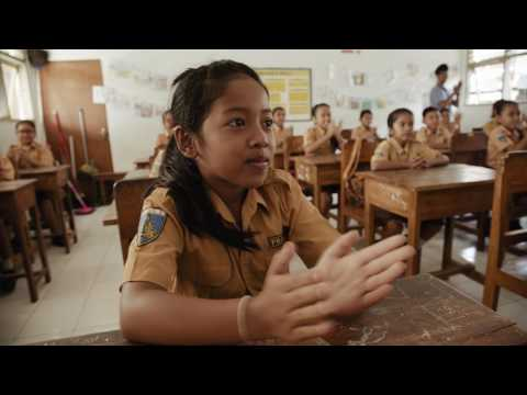 Rabies campaign to the Children in Bali - English