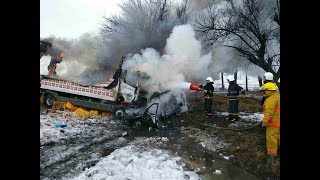 Под Павлоградом в ДТП погибли 4 человека, трое в реанимации