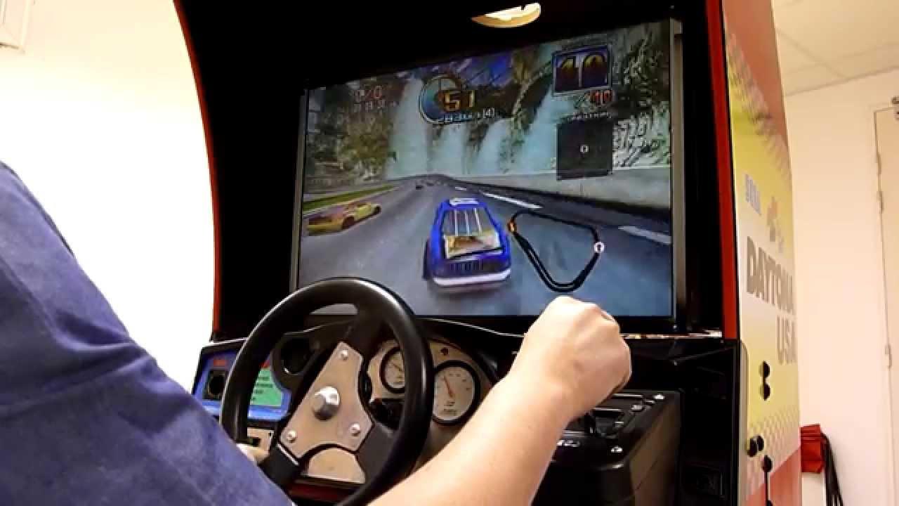 borne arcade volant