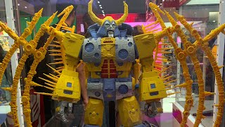 Transformers War For Cybertron Haslabs Unicron at SDCC 2019 Hasbro Booth!