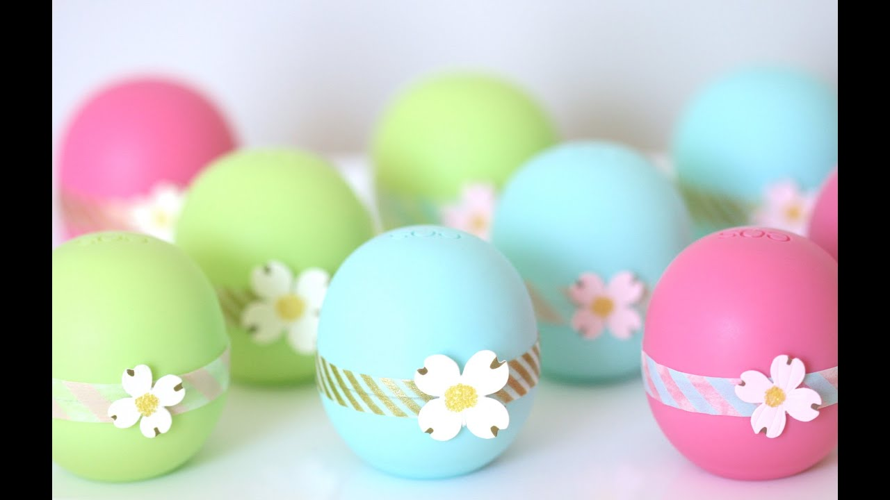 Diy easy pretty eos lip balm party favors perfect for bridal diy easy pretty eos lip balm party favors perfect for bridal showers birthdays baby showers youtube solutioingenieria Images