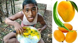 Ripe Mango with Green Chilli, Salt and Lemon Leaf Recipes at Home | Delicious Village Food