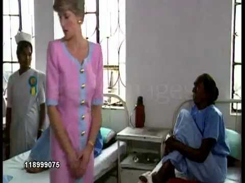 Princess Diana meets Leprosy patients