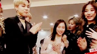 Video BTS singing TWICE songs & TWICE singing BTS Songs backstage @ KBS Gayo Daechukje 2016 161229 download MP3, 3GP, MP4, WEBM, AVI, FLV Agustus 2018