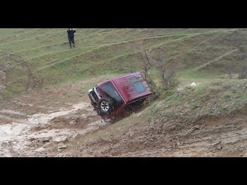 Pajero Crash - Off Road Georgia