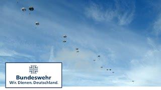 Download Colibri 2016 – Fallschirmjäger der Bundeswehr üben multinationale Zusammenarbeit MP3 song and Music Video