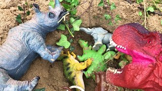 Good Dinosaur Rescues Animals Friend from the Mud - Learn Wild Animals Names