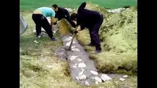 видео Залили фундамент без арматуры