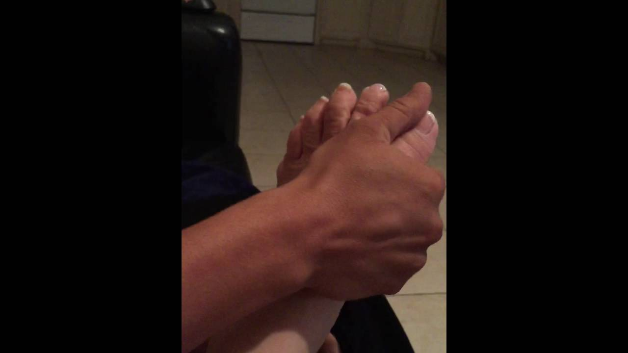 foot fetish son Mom