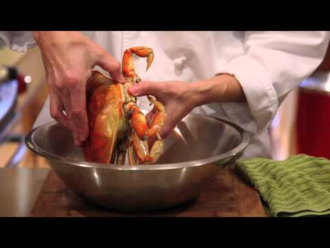 How to cook and clean a Dungeness crab thumbnail