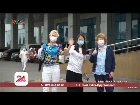 Những Du Khách Nước Ngoài Tại Việt Nam Trong Mùa Dịch COVID-19 | VTV24