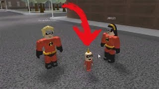 ROBLOX: THE OLD MAN TURNED THE BABY FROM THE INCREDIBLES 2!!!