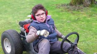 Essai de mon kart avec deux moteurs de tronçonneuse !
