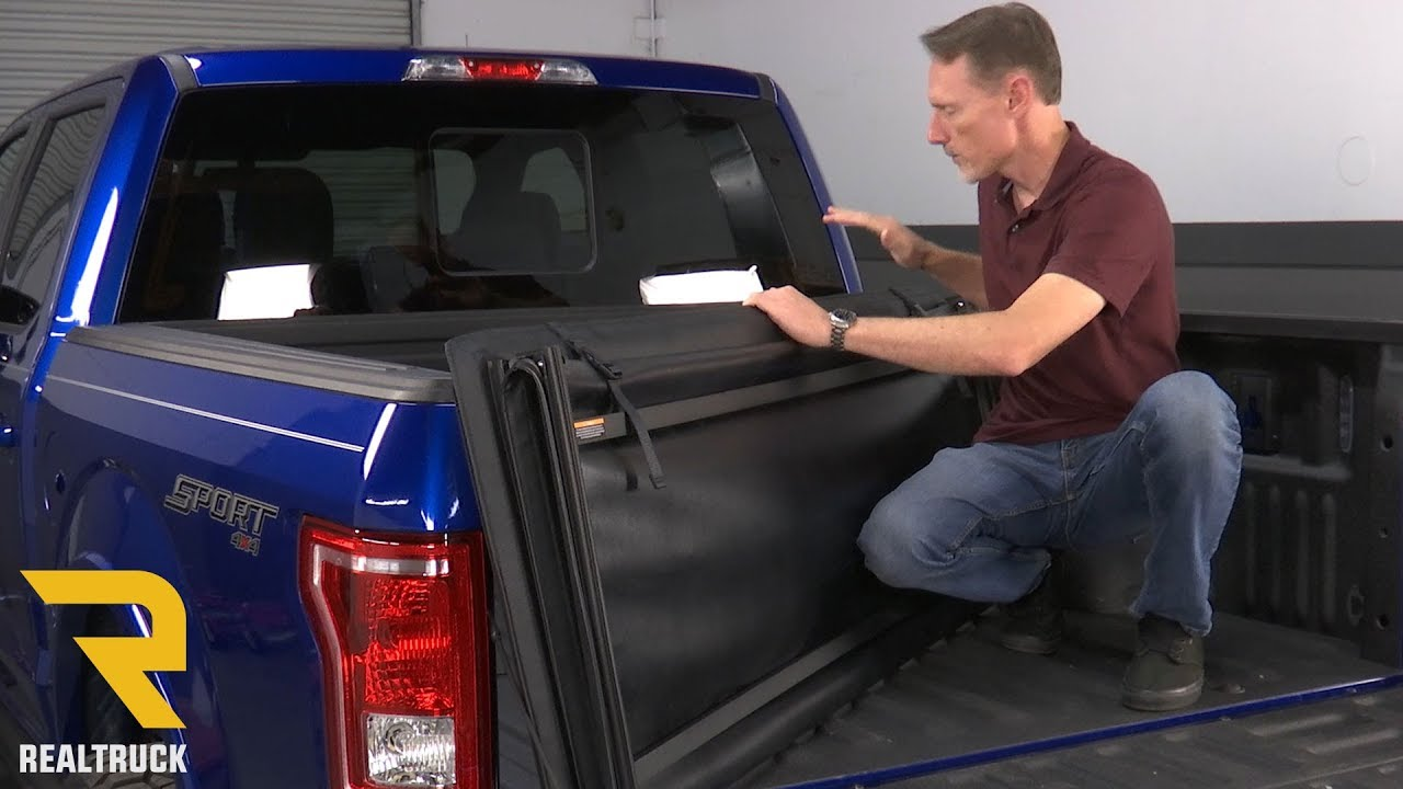 How To Install Rugged E Series Tri Fold Tonneau Cover Product On A 2017 Ford F 150 Youtube