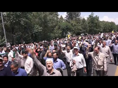Protests erupt in Tehran over U.S. withdrawal from Iran nuclear deal