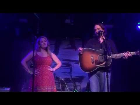 Hayes Carll - Another Like You (fan duet w/ Beth)