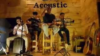 Cơn mưa ngang qua- Cover Vinh ( B.O Coffee Acoustic)
