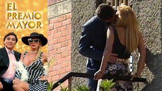 El premio mayor: Lorenzo le roba un beso a Rebeca | Escena - C-48 | Tlnovelas