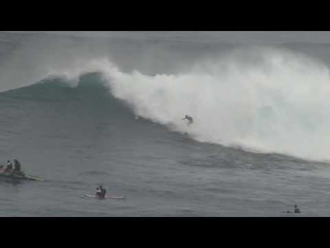 Will Hunt @ Jaws Peahi Maui
