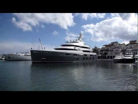 Aviva III 68 Meter Super Yacht Owned By Joe Lewis In