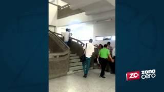 Abogados protestan en el Centro Cívico por cierre de juzgados civiles