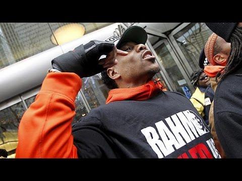 Les Afro-Américains manifestent à Chicago contre les brutalités policières