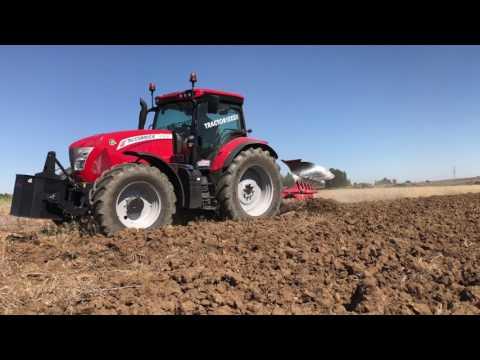 AgroFerma: Demostración McCormick X7.670 Y Arado Ovlac SH-5 en Castronuevo