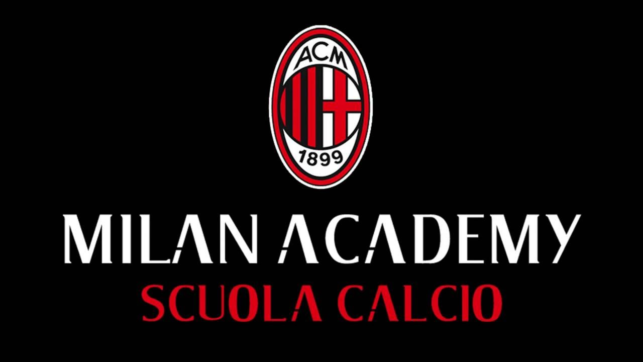 goalkeeper training at the ac milan academy scuola calcio
