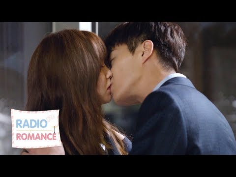 YoonDooJoon kisses KimSoHyun ♥.♥ [Radio Romance Ep 10]