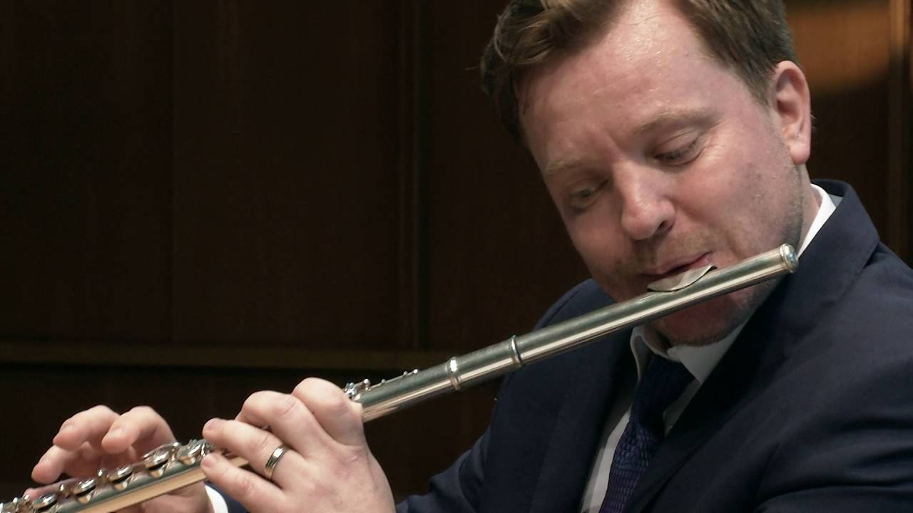 10 Famous Flutists You Should Know - Great Flute Players - CMUSE