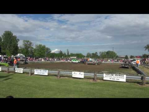 Full size Breckenridge MN Blue Goose days demo 2016