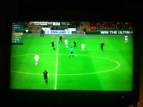 Voetbal Engeland - Nederland tweede helft  op itv van l naar r en ned van r naar l