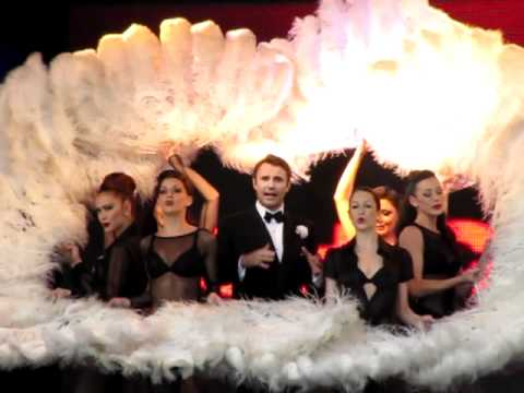 Jonathan Wilkes & Chicago - West End Live 2011