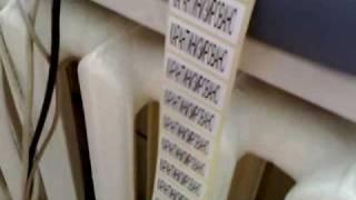 Принтер сошёл с ума :)(Вот так на работе печатали этикетки )) За раз бабину на 7000 этикеток., 2009-11-01T16:07:48.000Z)