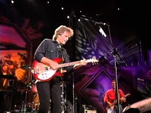 john fogerty i put a spell on you live at farm aid 1997 youtube. Black Bedroom Furniture Sets. Home Design Ideas