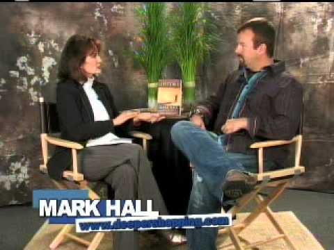 deeperShopping Interviews Mark Hall of Casting Crowns...