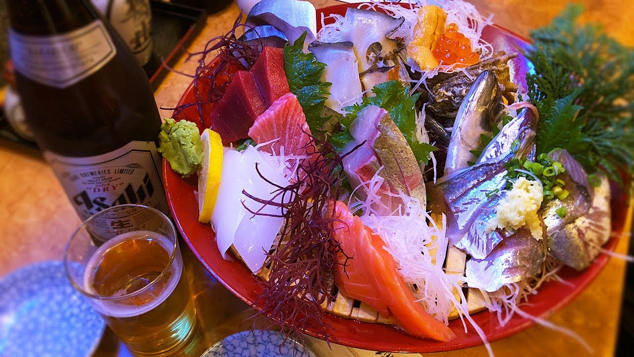 Huge Japanese ???????? Sashimi Platter on Enoshima Island with EricSurf6 | MUKBANG 먹방 Eating Sho