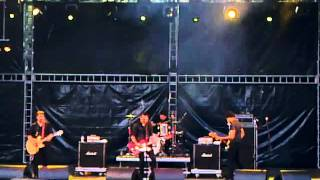 Trail of Dead - Gargoyle Waiting (Live @ Festival Paredes de Coura 2011)
