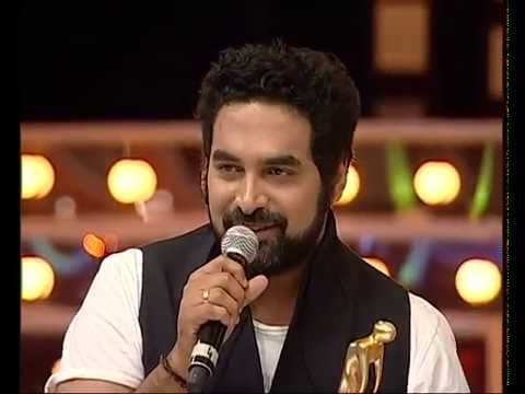 gopi sundar receiving mmasouth song of the year award radio mirchi fm kerala kochi malayalam malayali videos youtube popular   radio mirchi fm kerala kochi malayalam malayali videos youtube popular