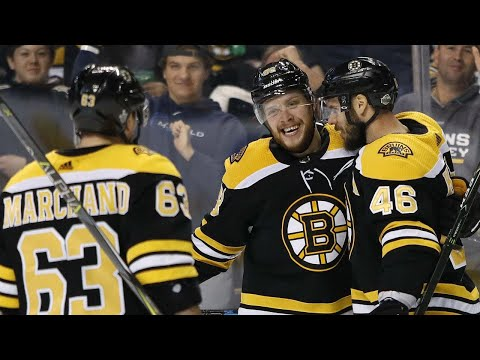 Pastrnak single-handedly downs Maple Leafs with 6-point night