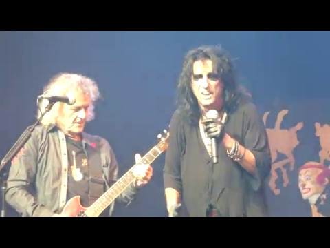 Alice Cooper Band Reunited - Muscle of Love  May 14 2017 Nashville