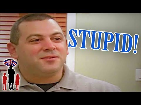 "Dad Calls 9yr Old Daughter ""Stupid"" Over Dinner 