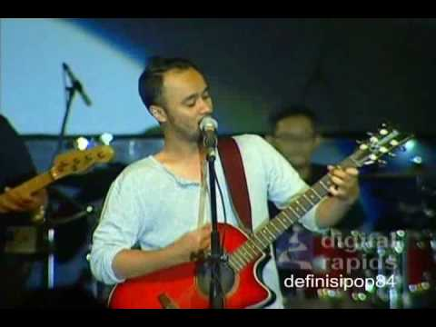 Pure Saturday - Kosong (live at ICEMA 2010)