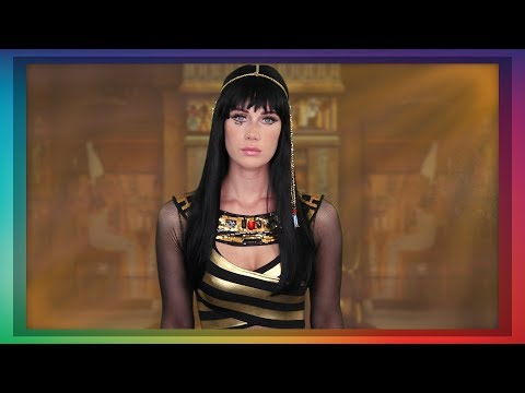 asmr-cleopatra-role-play-(golden-face-mask-application)