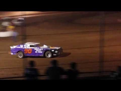 Thunder raceway superstock heat 9-3-16