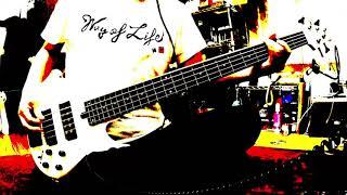 アニメ「俗・さよなら絶望先生」のOP曲(2008年リリース) 5弦を買ったら弾いてみようと思っていた一曲! 握力フレーズがしんどい! 力を抜いて上手に弾けばいいんで ...