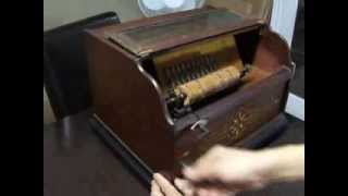 ANTIQUE CONCERT ROLLER ORGAN