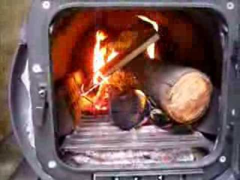 test-burning-the-barrel-stove-and-sampling-survival-food-rations