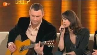 Виталий Кличко с Наталией отжигают на немецком ТВ