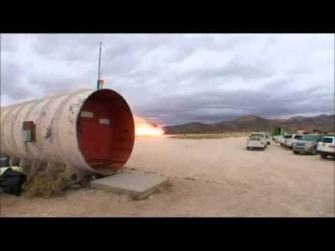 'Разрушители Легенд' разрубают машину